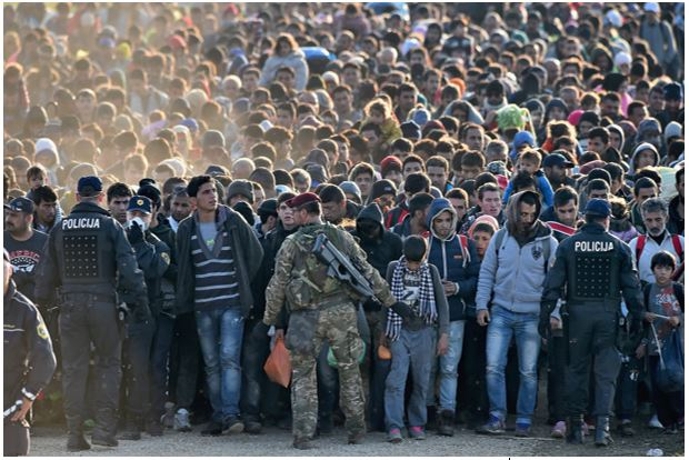 Refugees confronting military police